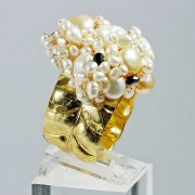 Salomé Osorio | Rings Large Ring Pearls