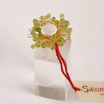Salomé Osorio | Rings Peridot flower Ring